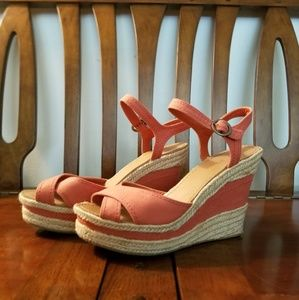 Thoughtfull 1 Nine West Wedge Sandals